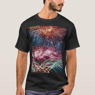 Tシャツの虹の火球のクイル、 Tシャツ