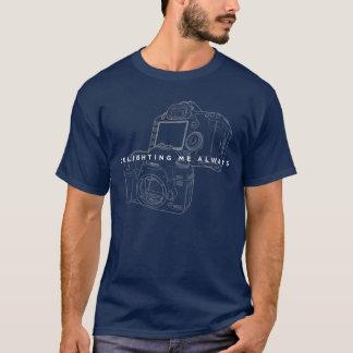 Tシャツの黒のカッコいいの輪郭を常に喜ばせるキャノン Tシャツ