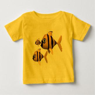 Tシャツを採取しているギフトを採取している子供および子供 ベビーTシャツ
