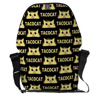 Tacocat Patterened クーリエバッグ