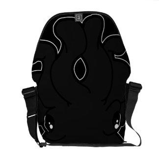 Tako (木炭)のメッセンジャーバッグ メッセンジャーバッグ