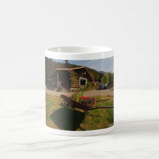 Takuの氷河ロッジのマグ コーヒーマグカップ