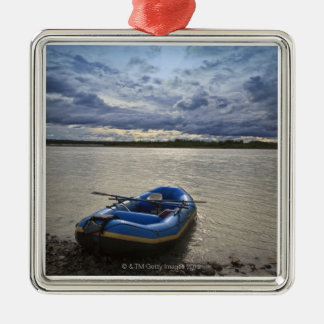 Talkeetnaの川でいかだで運びます、アラスカ メタルオーナメント