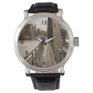 Talkeetnaの鉄道橋通路 腕時計