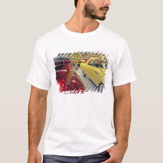Tallahasseeの自動車博物館のヴィンテージ車 Tシャツ
