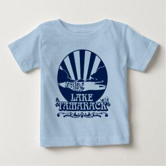 Tamarackの幼児ワイシャツの男の子 ベビーTシャツ