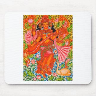 TANJOREを学ぶことのSARASWATIのヒンズー教の女神 マウスパッド