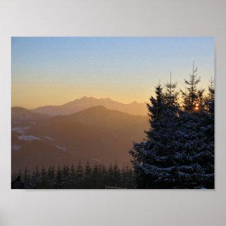 Tatras山の日没の眺め ポスター
