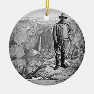 Teddy Rooseveltの氷河ポイントヨセミテの谷カリフォルニア セラミックオーナメント