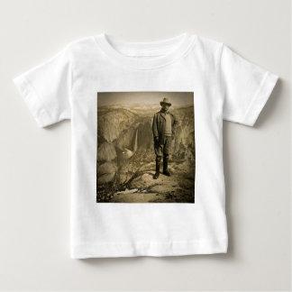Teddy Rooseveltの氷河ポイントヨセミテの谷 ベビーTシャツ