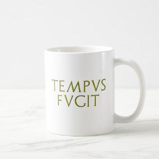 Tempus Fugitのマグ コーヒーマグカップ