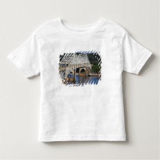 Tennessee川、フィレンツェのO'Neil橋、 トドラーTシャツ
