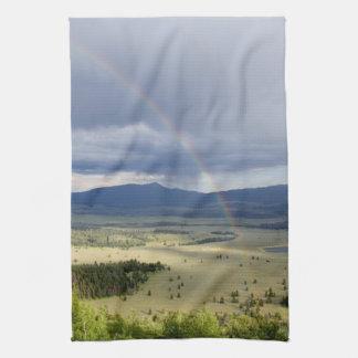 Tetonの壮大な国立公園の虹 キッチンタオル