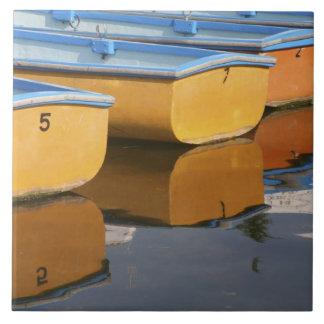 Thames川のHenleyテムズの漕艇、 タイル