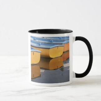 Thames川のHenleyテムズの漕艇、 マグカップ