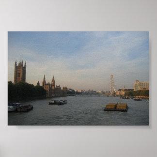 Thames川、ロンドン; 2005年10月 ポスター