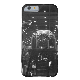 the_Warイメージの航空機の建築 Barely There iPhone 6 ケース