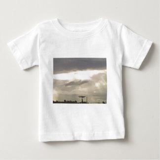 threatinの空8 ベビーTシャツ