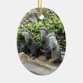 Three_Wise_Otters、_ セラミックオーナメント