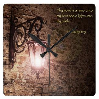Thy単語はランプです スクエア壁時計