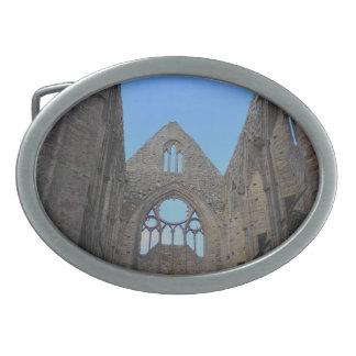 Tinternの大修道院、Cistercian修道院、ウェールズ 卵形バックル