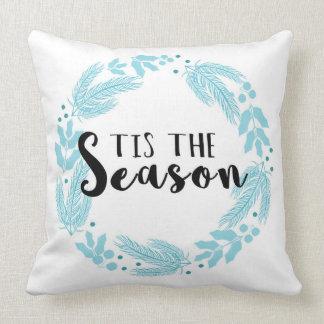 Tis季節のクリスマスのリースの正方形の枕 クッション