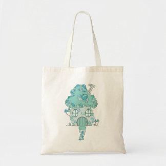 Toadstoolのきのこの家のティール(緑がかった色)の青緑の妖精 トートバッグ