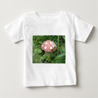 Toadstool ベビーTシャツ