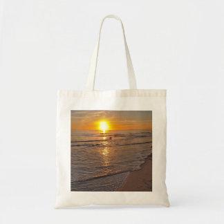 ToteBag: ビーチによる日没 トートバッグ