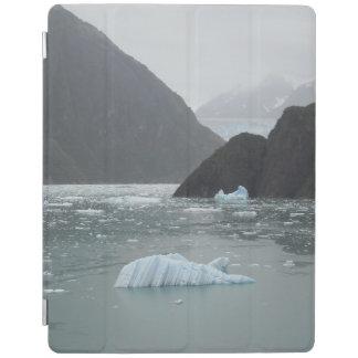 Tracyの腕のフィヨルドのIpadの頭が切れるなカバーの氷 iPad カバー