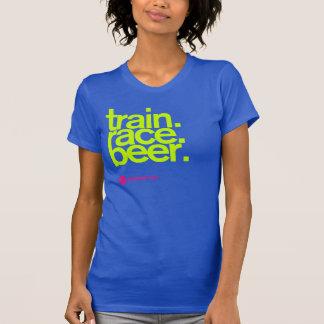 TRAIN.RACE.BEER. タンクトップの女性 Tシャツ