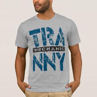 TRANNYの整備士-愛は青い伝達を再建しました Tシャツ