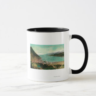 Treadwell鉱山とのジュノー、アラスカの町の眺め マグカップ