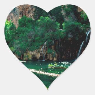 treeぶら下がったな湖のGlenwood渓谷コロラド州 ハートシール