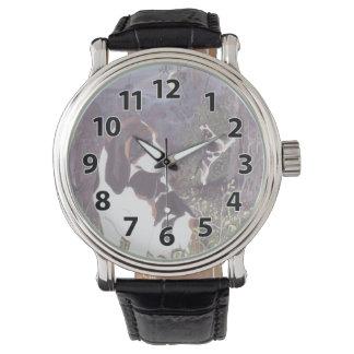 Treeingの歩行者のCoonhoundの子犬の夢みる人の腕時計 腕時計
