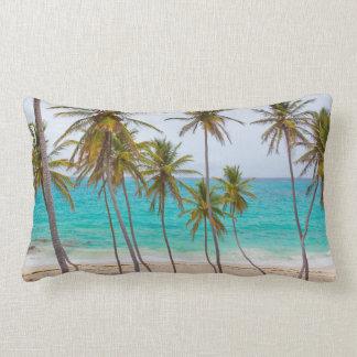 Tripicalのビーチのヤシの木の枕 ランバークッション