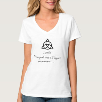 Triquetraは異教のなTシャツに会いました Tシャツ