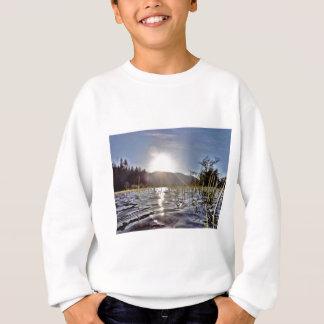 trout湖のPeacefull水 スウェットシャツ