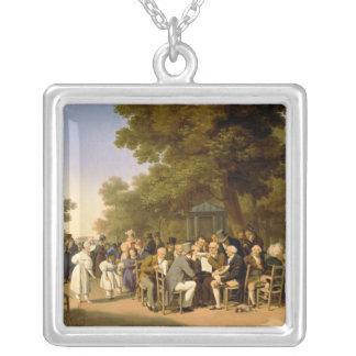 Tuileriesの庭の政治家、1832年 シルバープレートネックレス