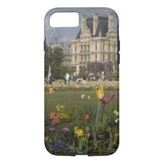 Tuileriesの庭、ルーバー、パリ、フランス iPhone 8/7ケース