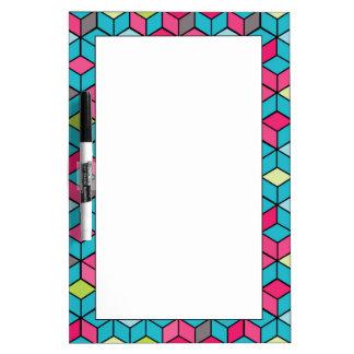 Turqouiseおよびピンクの立方体パターン ホワイトボード