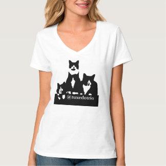 TuxedoTrioの女性のTシャツ Tシャツ