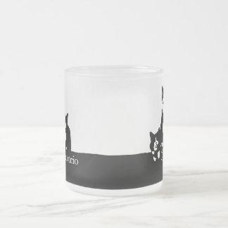 TuxedoTrioの曇らされたガラスのマグ フロストグラスマグカップ