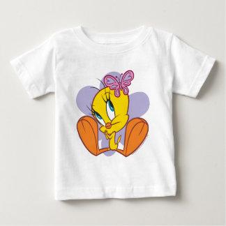 Tweetyおよび蝶 ベビーTシャツ