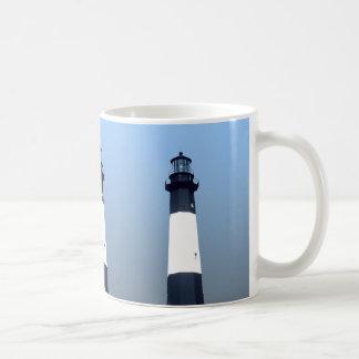 Tybeeの島の灯台 コーヒーマグカップ