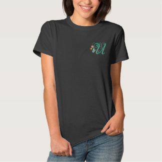 Uのモノグラムの花の蝶刺繍の女性ティー 刺繍入りTシャツ