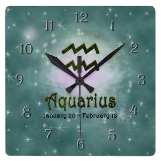Uの一突き色のアクエリアスの(占星術の)十二宮図の印 スクエア壁時計