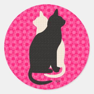 Uの一突き色または幸運の黒く及び白い子猫Catz ラウンドシール
