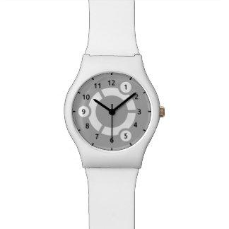 Ubuntu白いMay28thの腕時計 腕時計