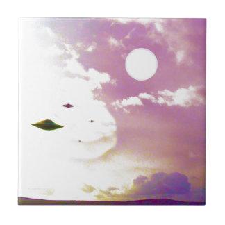 UFOのオープンスカイのタイル タイル